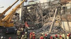 De nombreux pompiers portés disparus après l'effondrement d'un immeuble à Téhéran