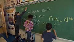 Enseigner l'inuktitut pour préserver la culture inuit
