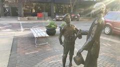 La rencontre entre Diefenbaker et Laurier inventée de toutes pièces, dit un Saskatchewanais