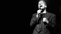 Hommes âgés d'au moins65 ans et amateurs de Leonard Cohen recherchés