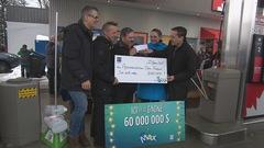 Loto-Québec remet 600000$ à l'Accommodation Chez François
