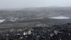 Construction d'une route inuite pour faciliter la formation minière?
