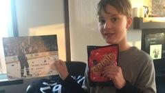 Patrik Laine se présente chez un jeune Winnipégois pour lui souhaiter «bonne fête»