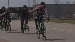 Se tenir à 1,5m des cyclistes : une loi à adopter au pays croit Louis Garneau