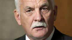 Le Conseil canadien de la magistrature enquêtera sur le cas de Vic Toews