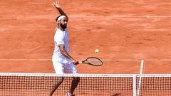 Adil Shamasdin champion du double à Lyon