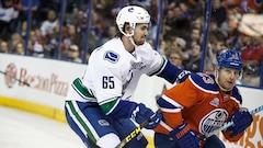 Les Canucks font appel à Alexandre Grenier et Evan McEneny