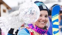 Anna Holmlund reparle après un long coma dû à une chute