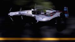 Stroll frappe les rails à Monaco et fait le 16e temps
