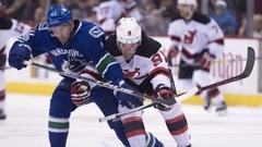 Taylor Hall tranche pour les Devils à Vancouver