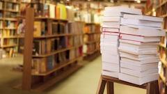 Quels livres devraient lire les hommes politiques? À vous de choisir!