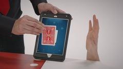 """Joue à """"Technomagie : Lecteur de cartes"""" avec Par ici la magie"""