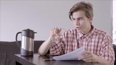 Choses plates pendant un examen