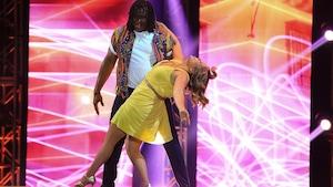 Saskia Thuot et Georges Laraque dansent un cha-cha-cha