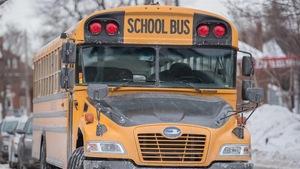 Un autobus scolaire vide