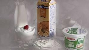 De la crème sure et du babeurre