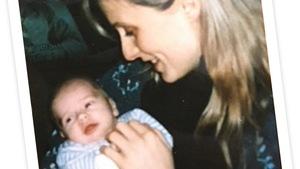 Nathalie Martin et sa fille Laetitia, alors âgée de quelques mois.