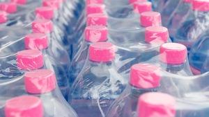 Le Québec doit redoubler d'efforts pour recycler davantage de plastique.
