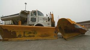 Un camion de déneigement du MTQ