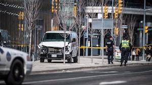 Attaque à Toronto : est-ce le suspect a agi par effet d'entraînement?