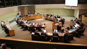 Les élus municipaux de la Ville du Grand Sudbury en réunion