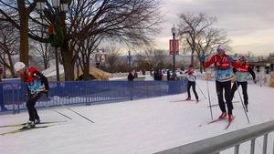 Des skieurs participent à une étape de la Coupe du monde de ski de fond sur les plaines d'Abraham, en 2012, à Québec.