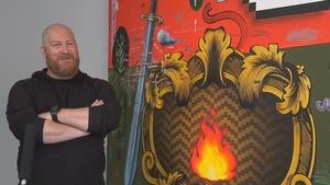 Le peintre Dan Brault.