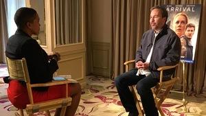 Le cinéaste québécois Denis Villeneuve en compagnie de la journaliste Valerie-Micaela Bain