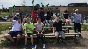 Les élèves de l'École secondaire Grand-Rivière  qui participeront à la Fin de semaine des courses d'Ottawa.
