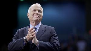 John McCain lors de la campagne électorale présidentielle de 2008.