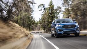 Photo promotionnelle du véhicule utilitaire sport Ford Edge ST