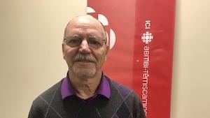 Gérard Lemyre désire avoir une équipe complète de joueurs de hockey de 60 ans et plus à Rouyn-Noranda.