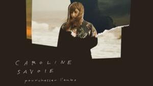 L'album, Pourchasse l'aube de Caroline Savoie