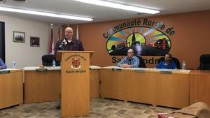 Après une année mouvementée, le maire Desjardins souhaite rétablir la confiance entre la brigade et le conseil municipal