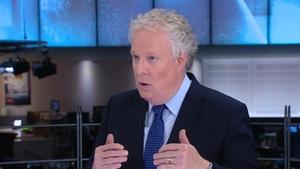 L'ancien premier ministre du Québec, Jean Charest. en entrevue avec Patrice Roy le 31 mai 2018, à RDI