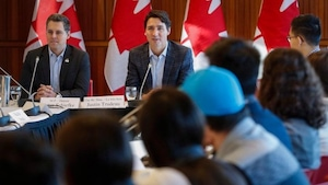 Le premier ministre Justin Trudeau, lors d'une précédente rencontre avec le Conseil jeunesse, à Calgary.