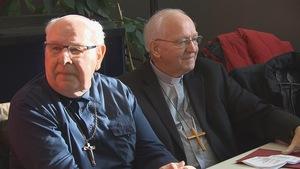 Les évêques du Diocèse de Chicoutimi, Mgr Jean-Guy Couture (retraité) et Mgr André Rivest (actuel)