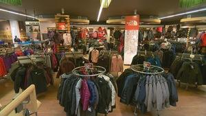 Les ventes sont nombreuses à cette période-ci de l'année au magasin Latulippe.