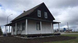 La maison des quintuplés Dionne à North Bay.