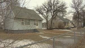 résidences militaires vacantes de la caserne abandonnée de Kapyong, à Winnipeg