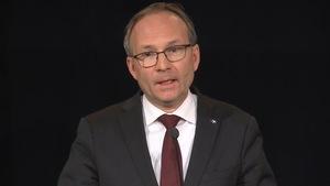 Le ministre québécois de la Sécurité publique Martin Coiteux déclenche une enquête administrative au SPVM sur les procédures d'enquêtes internes.