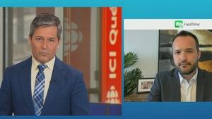 Bruno Savard est en entrevue avec le ministre de la Famille, Mathieu Lacombe.