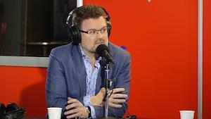 Le maire de Gatineau, Maxime Pedneaud-Jobin, en entrevue à Radio-Canada Ottawa-Gatineau.