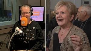 Les deux femmes en photos, dont Valérie Delage avec un coton ouaté dans le studio radio de Radio-Canada.