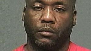 Perez Adaryll Cleveland, 42 ans, est accusé par la police de Winnipeg du meurtre de l'infirmière sudburoise Jennifer Barrett.