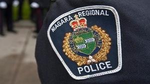 Photo de l'écusson d'un policier du Niagara