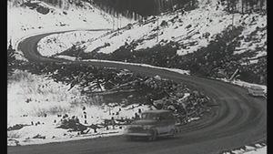 La route 138 a connu bien des rectifications avant d'atteindre le tracé d'aujourd'hui.