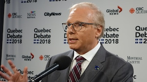 Jean-François Lisée en point de presse.