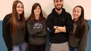 Des élèves d'Asbestos remportent le concours «Accroche-toi au slam» organisé par Persévérance scolaire Estrie.