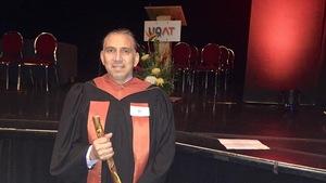 Le Dr Stanley Vollant reçoit un doctorat honoris causa de l'UQAT.